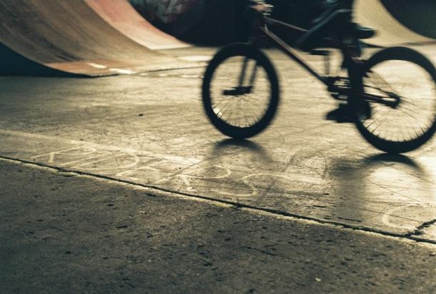 bmx t13 belfast motion blur riders